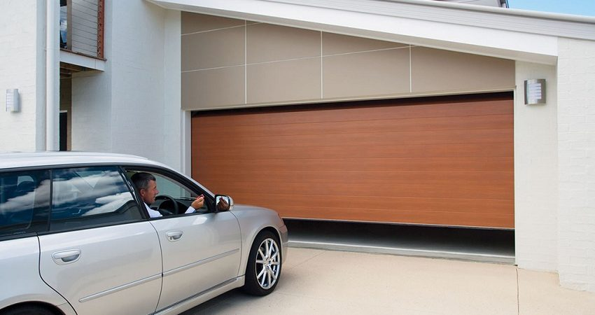 Garage Door Repair Services in Long Beach